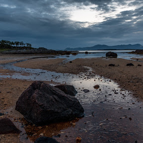 Vesteraalen by Thomas Ebeltoft - Landscapes Waterscapes ( canon, vesteraalen, stone, sea, beach, norway, river )