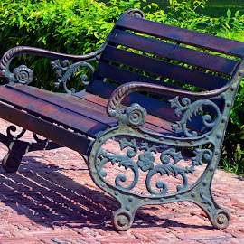 Antique chair by Asif Bora - Artistic Objects Antiques