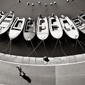 walk the line by Gregor Znidarsic - Transportation Boats ( work, street, sea, boat, people )