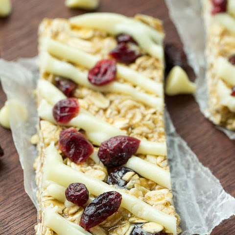 Easy No Bake White Chocolate Cranberry Granola Bars