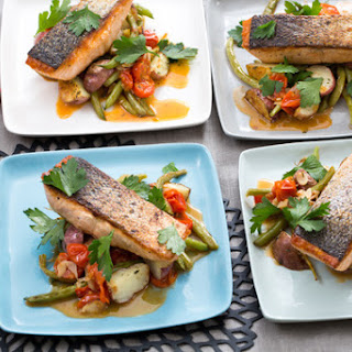 Seared Salmon & Roasted Potatoes with Sautéed Green Beans & Cherry Tomatoes