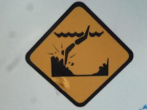 Ne pas plonger vers les rochers