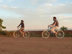 Nous à vélo