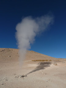 Geyser artificiel (creusé)