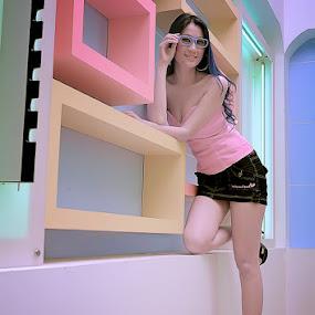 ... optic girl ... by A. Damardono - People Fashion