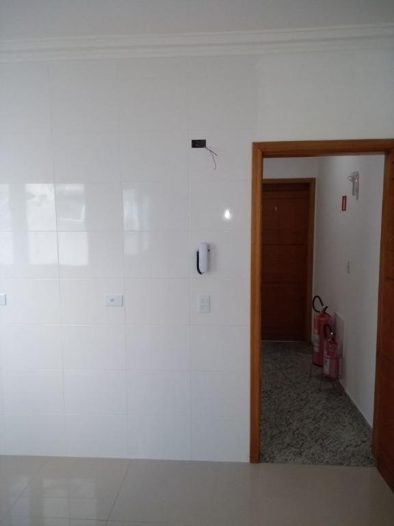 Apartamento de 2 dormitórios em Vila América, Santo André - SP