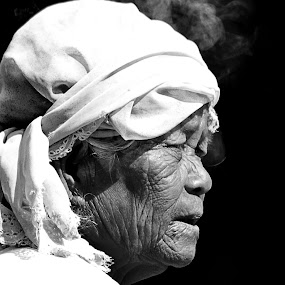 IMAH by Yusrizal Ajay - People Portraits of Women