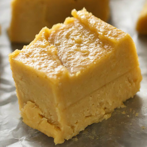 No-Bake Peanut Butter Fudge [Vegan]