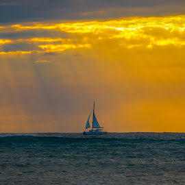Beauty of Sun Rays by Rananjay Kumar - Landscapes Waterscapes ( #landscape, #beauty, #nice, #clouds, #outdoor, #ocean, #rays, #sunrays, #canon, #boat )