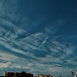 Chemtrail imagery by Philip Poillon - Landscapes Cloud Formations