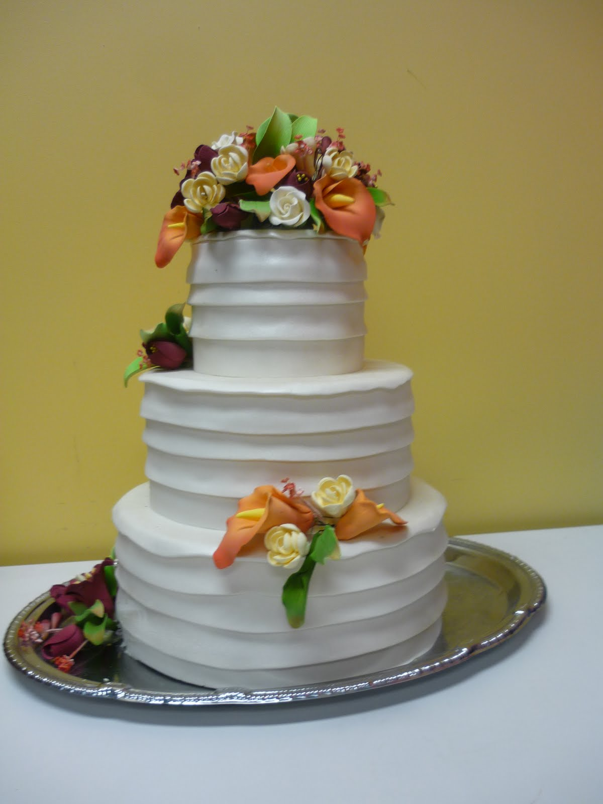Wedding Cake: Ruched Pleats of