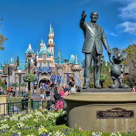 Partners Disneyland Resort 2016 by Tom Anderson - Buildings & Architecture Statues & Monuments ( anaheim, february 2016, california, disneyland, disney california adventure )
