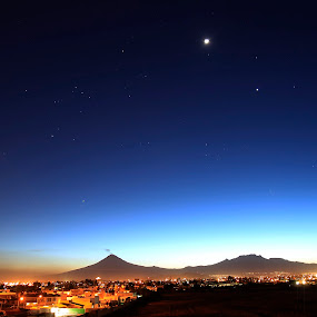 Volcanos at night by Cristobal Garciaferro Rubio - City,  Street & Park  Vistas ( sky, volcano, stars, volcanoes, nightscape )