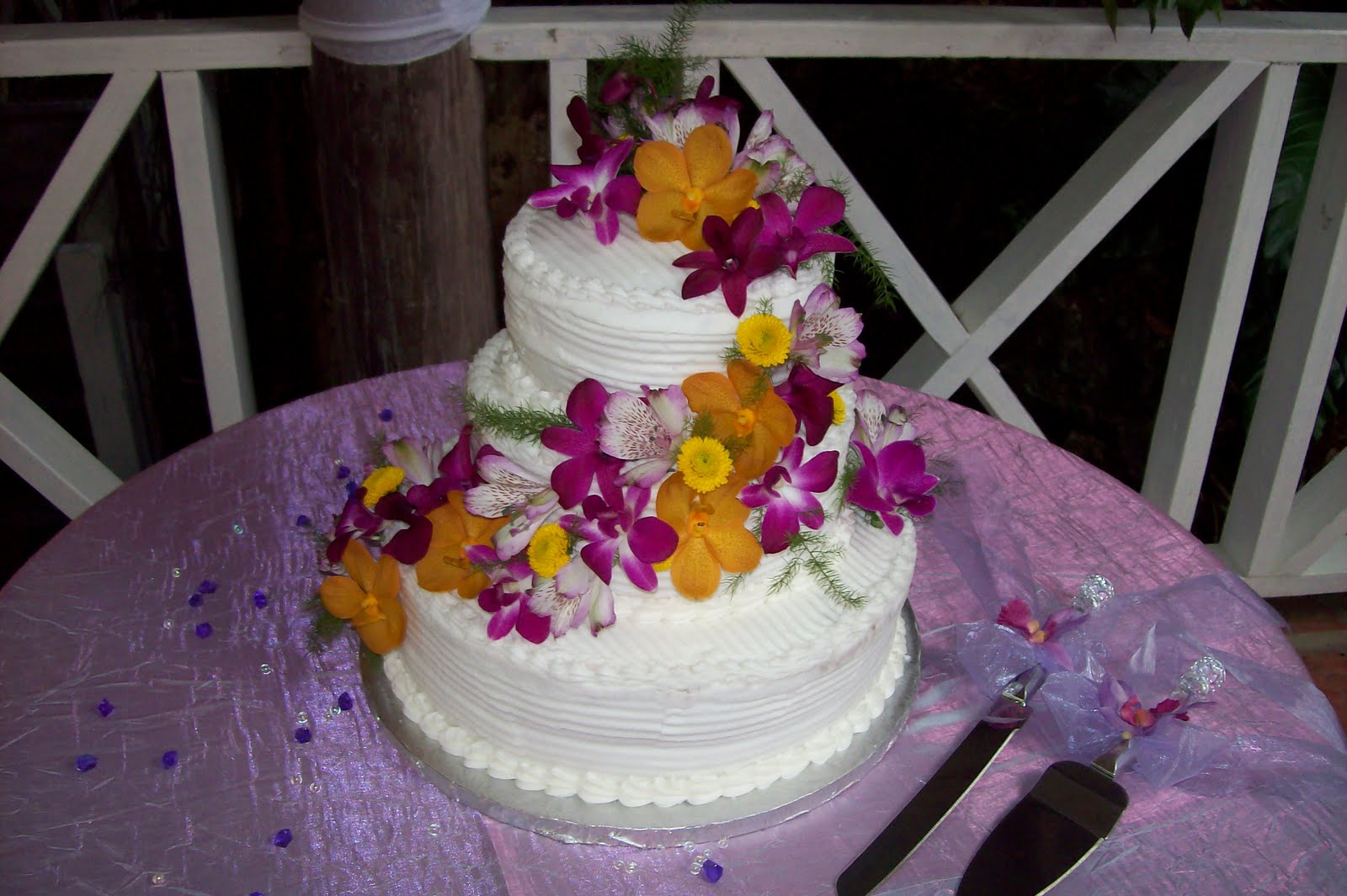 Garden Themed Wedding Cakes