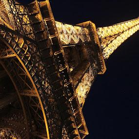 Eiffel by Marko Dragović - Buildings & Architecture Public & Historical ( paris, eiffel tower, eiffel, france )