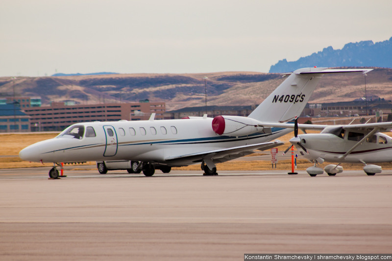 USA Colorado Denver Centennial Airport Tower США Колорадо Денвер Сентенниал Аэропорт APA KAPA Cessna Citation CJ3 C25B/L N409CS