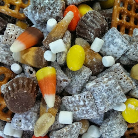 Halloween 'Party' Puppy Chow!