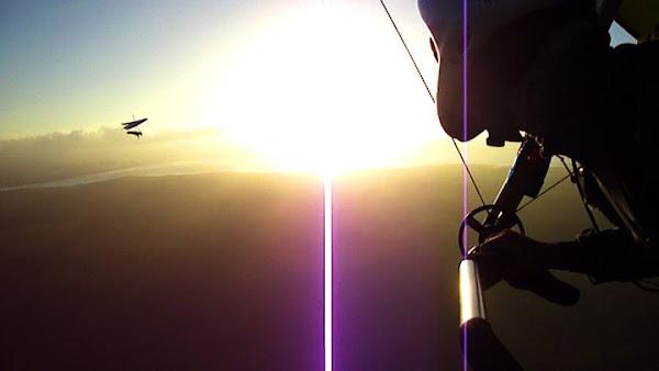 hang gliders over lake george
