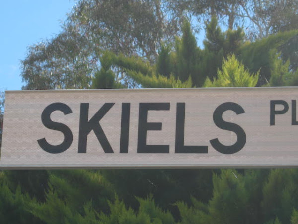 Skiels place