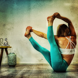 Love Yoga by Ben Rohleder - Sports & Fitness Fitness ( balance, blonde, girl, relax, fitness, mindful, healthy, wellbeing, relaxation, relaxing, stretching, yoga )