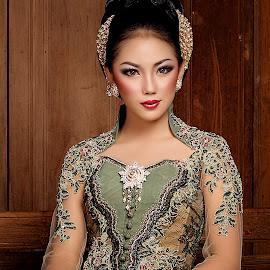 Kebaya Indonesia by Bambang Kusaeri - People Portraits of Women ( fashion photography, women, culture )