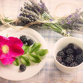 Piece of summer .. cup of autumn .. by Inna Fangel - Food & Drink Candy & Dessert ( berry, desert, autumn, summer, tea, flower )