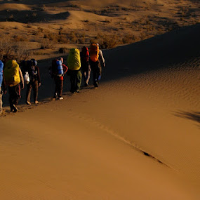 Desert Hiking by Hamed Ghalandar - Sports & Fitness Other Sports ( iran, espilat mountaineering club, rig e jen )