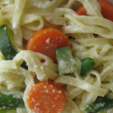 Light Vegetable Fettuccini Alfredo