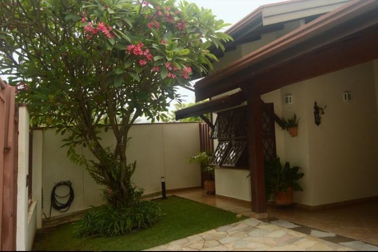Casa com 3 dormitórios à venda, 156 m² por R$ 730.000 - Cidade Universitária - Campinas/SP