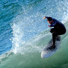by Donna Gatz - Sports & Fitness Surfing