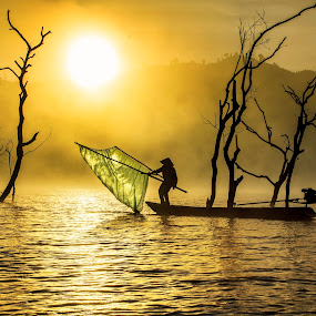 Fisherman's by Kenji Le - People Street & Candids ( water, fog, fishing, sunrise, boat )