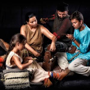 familia traditionala daca-2.jpg