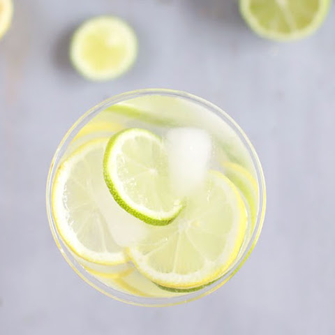 Lemon Vodka Spritzer Cocktail