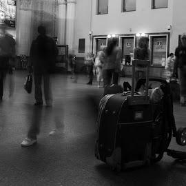 bag by Dušan Gajšek - Black & White Street & Candid ( lviv, _mesta, street, long exposition )