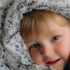 by Hilly Toon - Babies & Children Child Portraits