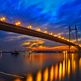 An Evening At 2nd Howrah Bridge , Kolkata by Chiradeep Mukhopadhyay - Landscapes Waterscapes ( water, west bengal, kolkata, india, night, low light, bridge, howrah bridge )