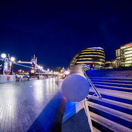 City Hall by night by Paul Coomber - Buildings & Architecture Office Buildings & Hotels ( cityscapes, london, nighttime, long exposure, bridges,  )