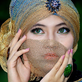 by Hendra Afriansyah - People Portraits of Women