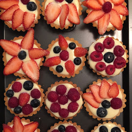 fruit tarts by Mary Yeo - Food & Drink Candy & Dessert (  )