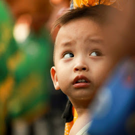 got you :-D by Agus Aktawan - Babies & Children Children Candids