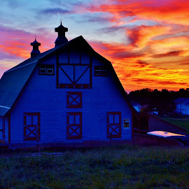by John Dodson - Buildings & Architecture Other Exteriors ( utah, sunsets, farms, barns )