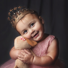 Queen and her Puppy by Jeannie Meyer - Babies & Children Child Portraits ( canon, off camera flash, crown, thunder gray, 50mm, child portrait, puppy, pink dress )