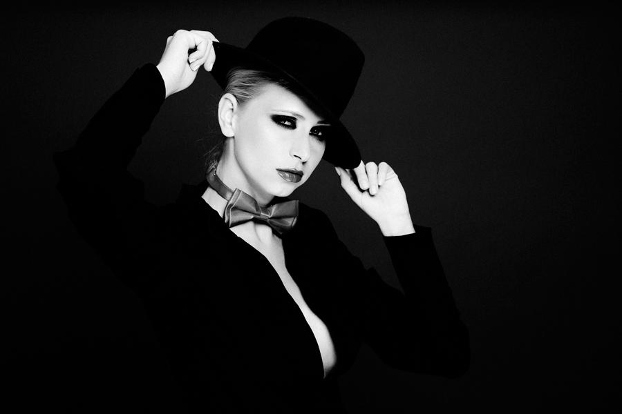 ... by Catalin Parpalea - People Fashion ( studio, fashion, woman, black & white, beauty, portrait )