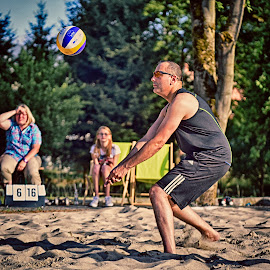 Under Control ! by Marco Bertamé - Sports & Fitness Other Sports ( defense, ball, sixteen, beach volley, score, number, 16, six, 6, action, summer, match, alone, man )