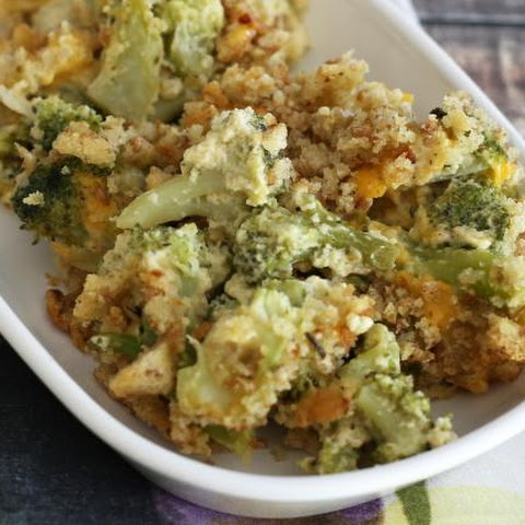 Broccoli Casserole With Stuffing Crumb Topping