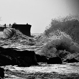 High tide at Perch Rock. by Bill Avergo - Landscapes Waterscapes