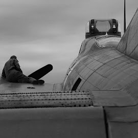 B17 maintenance by Jak Conrad - Novices Only Objects & Still Life ( b17, b&w, airplane, crew, bomber, boeing )
