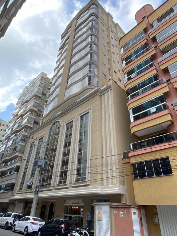 Apartamento com 3 dormitórios à venda, 133 m² por R$ 1.234.000 - Meia Praia - Itapema/SC
