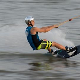 panning by Yuval Shlomo - Sports & Fitness Surfing
