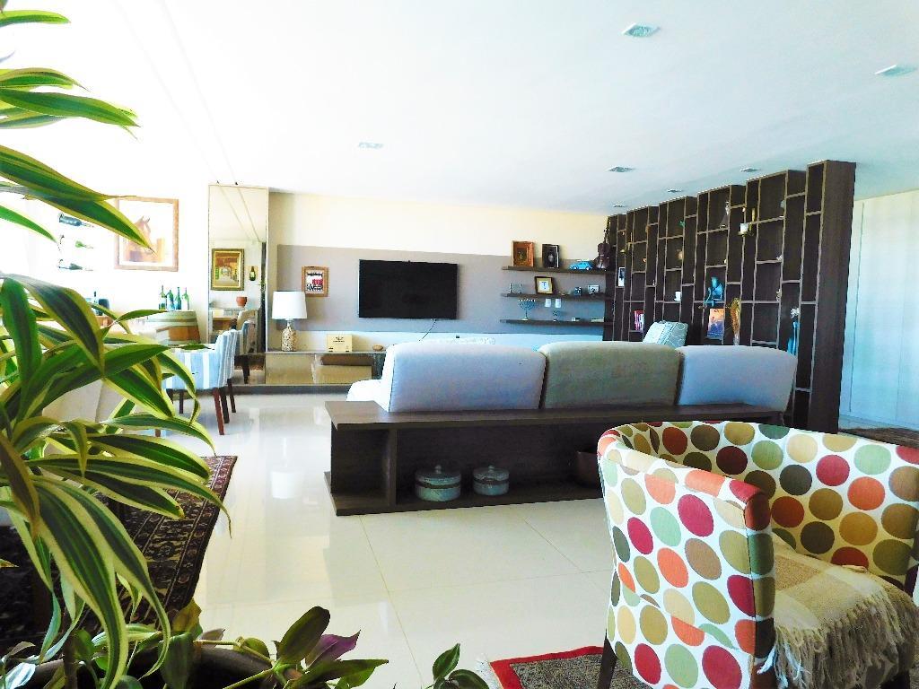Apartamento residencial à venda, Ponta de Campina, Cabedelo - AP4759.
